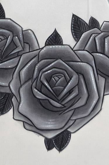 Detail Honey Print Black Roses
